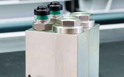 miniBOOSTER pressure intensifiers and precision filters